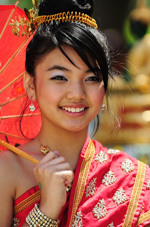 lao_new_year_riverdale_10_07_b-vong.com