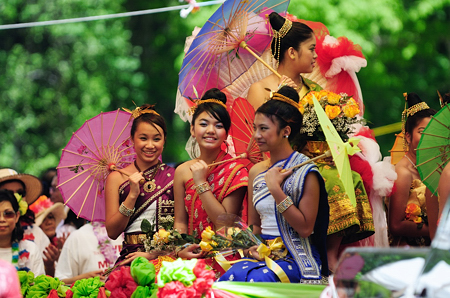 lao_new_year_riverdale_10_09_b-vong.com