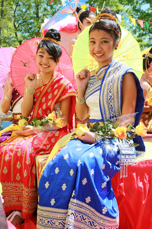 lao_new_year_riverdale_10_11_b-vong.com
